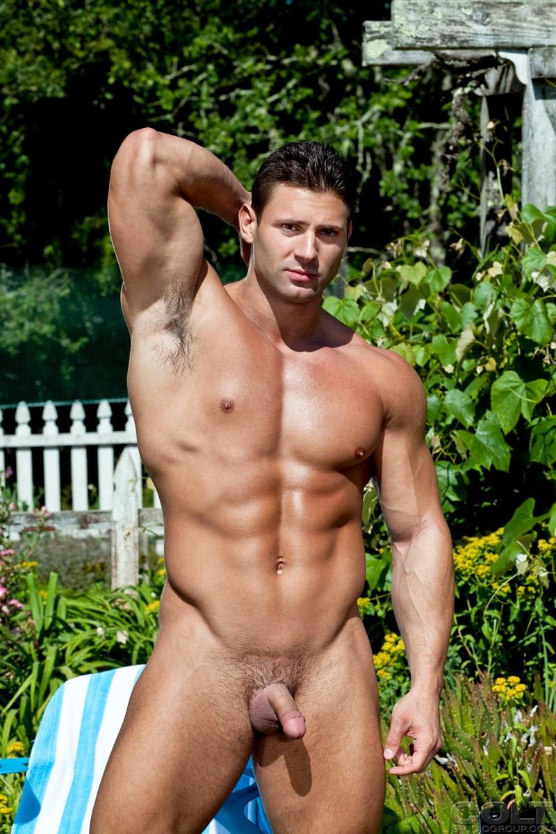 Muscle man mike buffalari