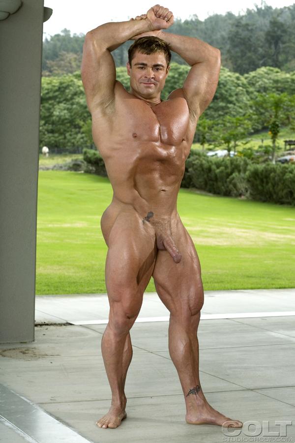 bodybuilder woods Gay skye