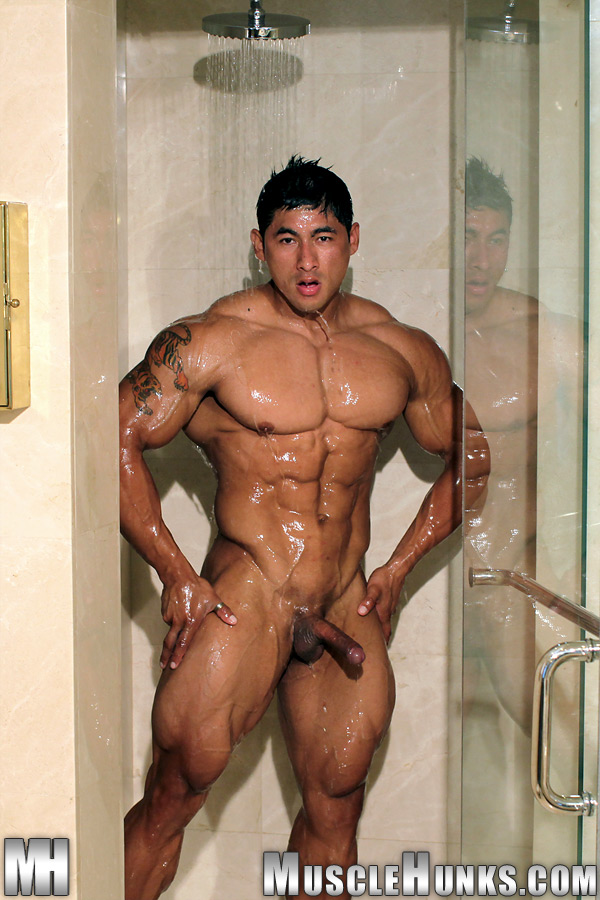 Hunks asian muscle