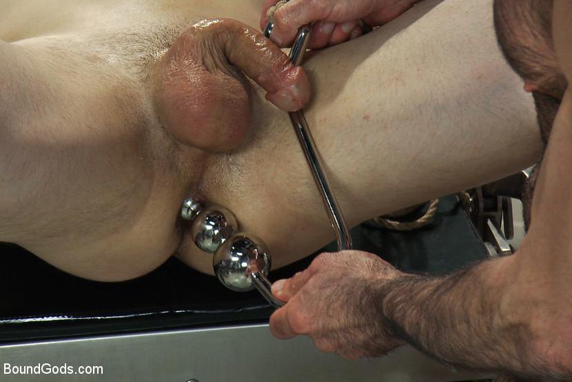 Brutal gay ass whip sex video