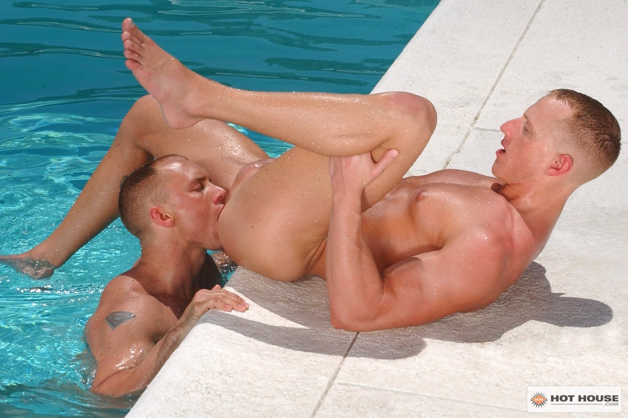 Muscle gay sex free download the stud knows