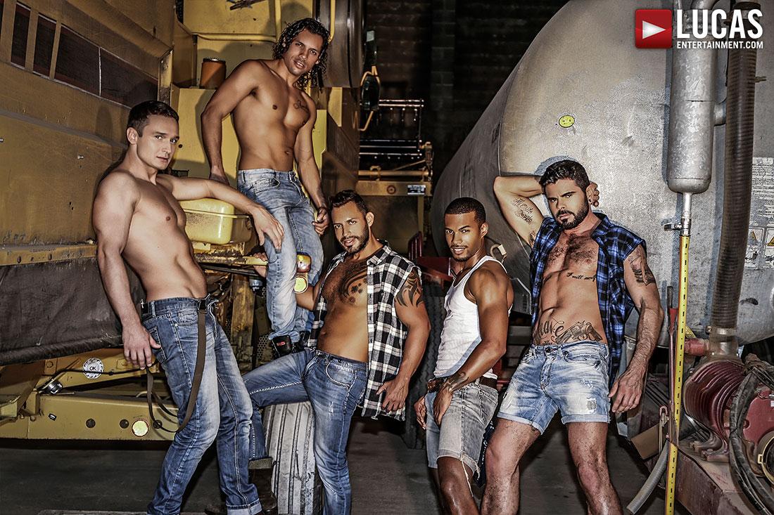 gay russian men hugh cocks