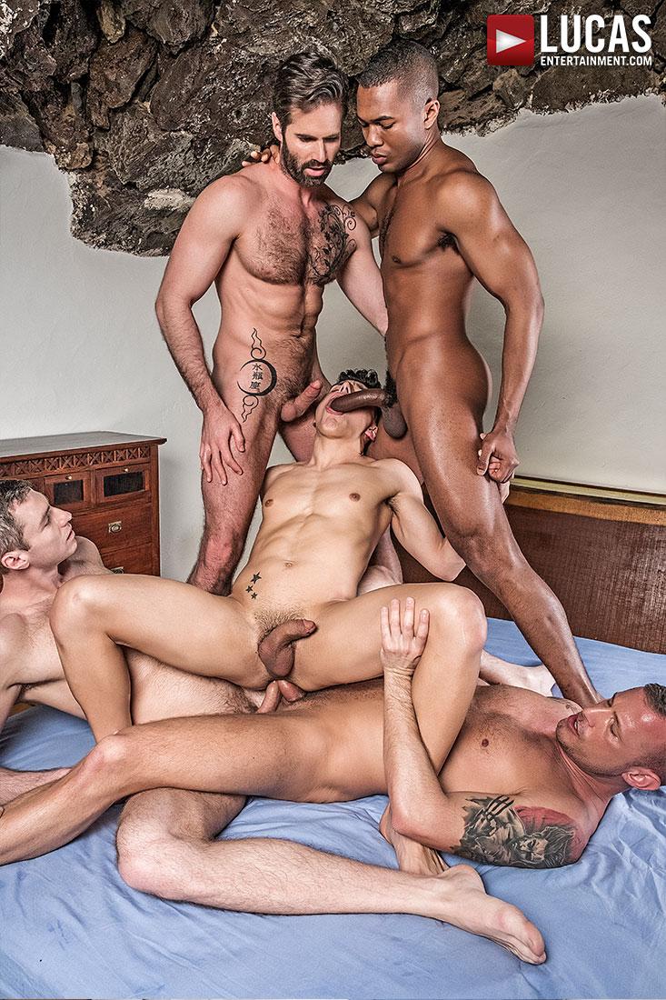 الأب الدببة وأبنائه أنبوب مثلي الجنس