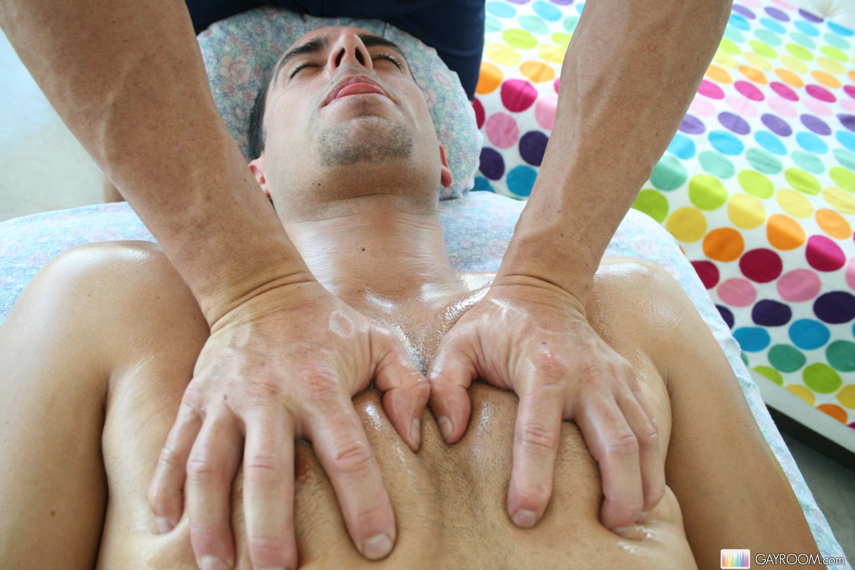 Геи массаж москва