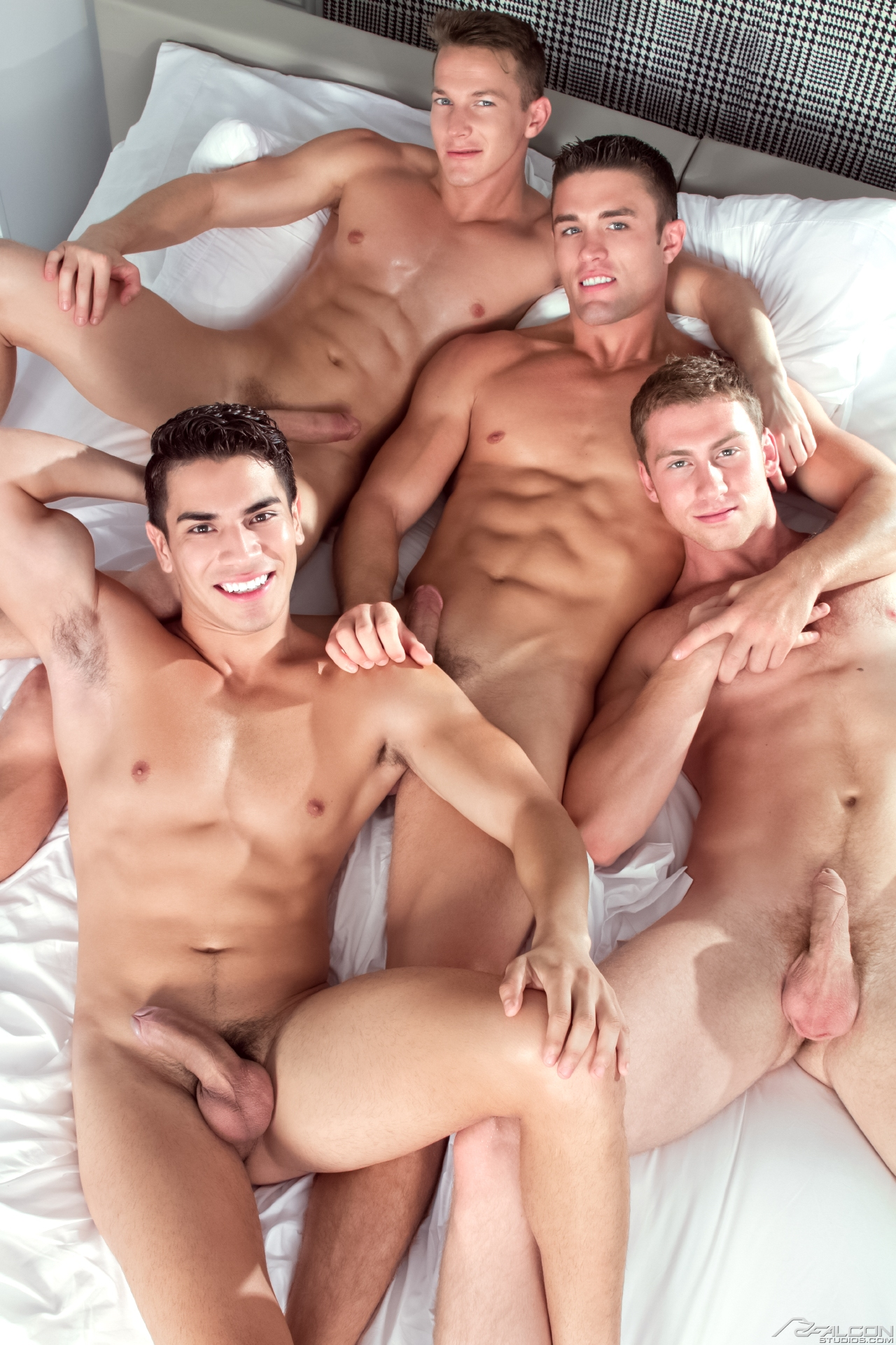 Free gay porn in boys movies xxx hung brez 4
