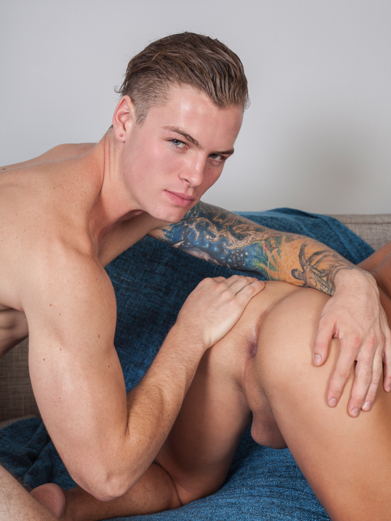 Hardcore sex gay porn today on it039s gonna 8