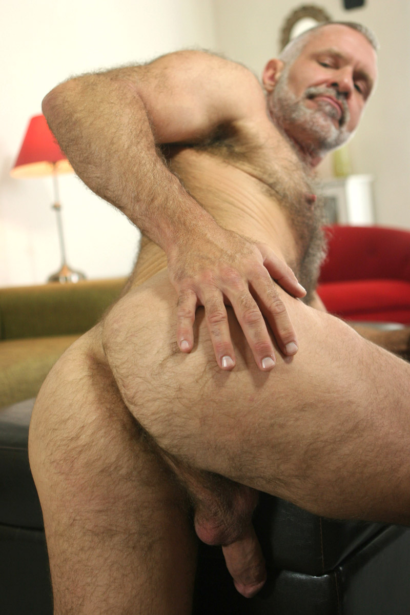 Hot Older Male Free